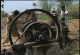 Still frame from: Thatta Kedona - The Toy Village of Pakistan - Part 2 (Germany 2005)