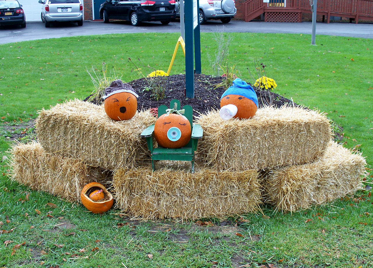 Newark will celebrate Fall with a Pumpkin Sculpture Contest
