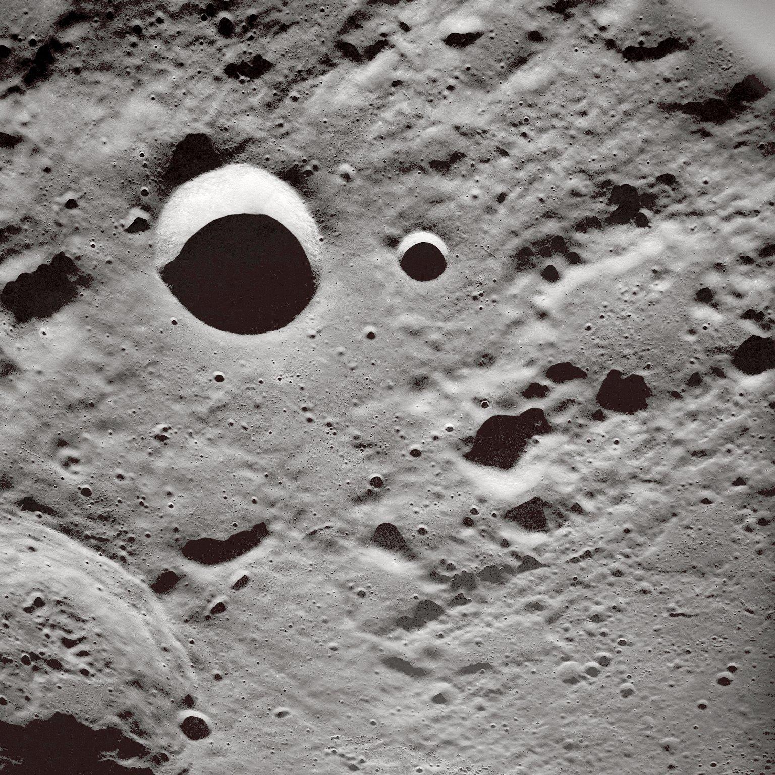Long Shadows on the Lunar Surface : NASA/Apollo : Free ...
