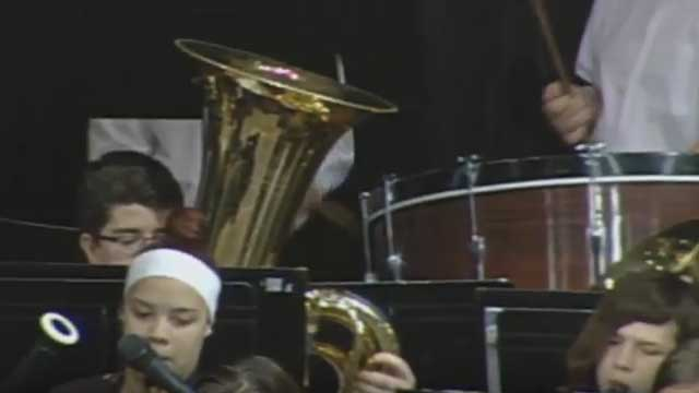 Newark High School band performs final concert of the school year (full video)