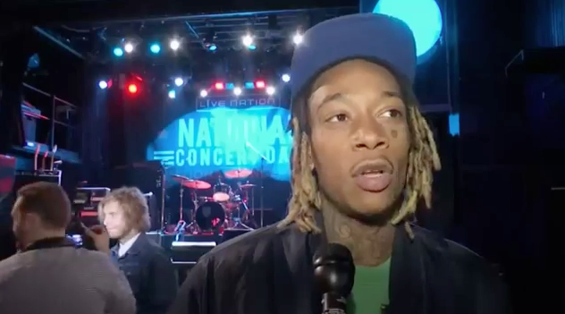 Wiz Khalifa DISSES Reporter For Asking About Kanye West!